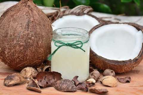 minyak kelapa untuk kesehatan rambut